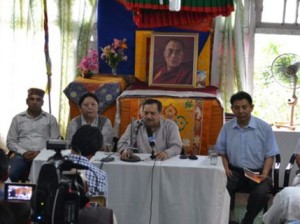 RSS Leader Indresh Kumar pledged more support to Tibet on his visit to the CTA Photo: Tenzin Sangmo/VoA
