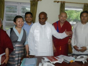 The Tibetan Parliamentary delegation meets H D Deve Gowda, former prime minister of India in New Delhi Photo: Tibet.net