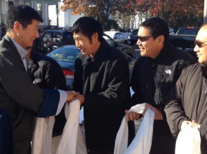 Tibetans in Boston welcoming Sikyong Lobsang Sangay on his arrival on Nov 29, 2014 in Boston. Photo: Office of Tibet, USA
