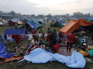 The earthquake left thousands of people homeless Photo: Reuters/Adnan Abidi