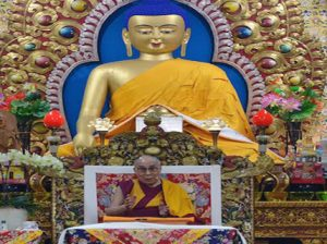 his-holiness-teaching-in-dhasa
